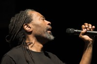 "Bobby McFerrin: ""Don't Worry, Be Happy"" man returns with album of spirituals"